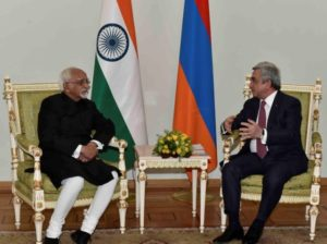 Indian Vice President M. Hamid Ansari meeting with Armenian President Serzh Sargsyan, Yerevan, April 24 (Source: nic.in)